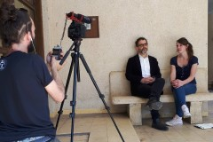 In front of the camera Anne Bambauer, Chairwoman of the Board of Trustees of the Sto Foundation, in an interview with architect Dr. Jeremie Hoffmann, Head of the Office for the Preservation of Historic Buildings in Tel Aviv City Council. Photo: Uwe Koos / Sto Foundation
